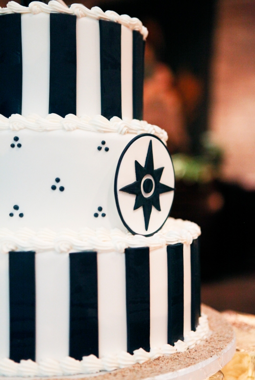 Navy blue and white nautical cake